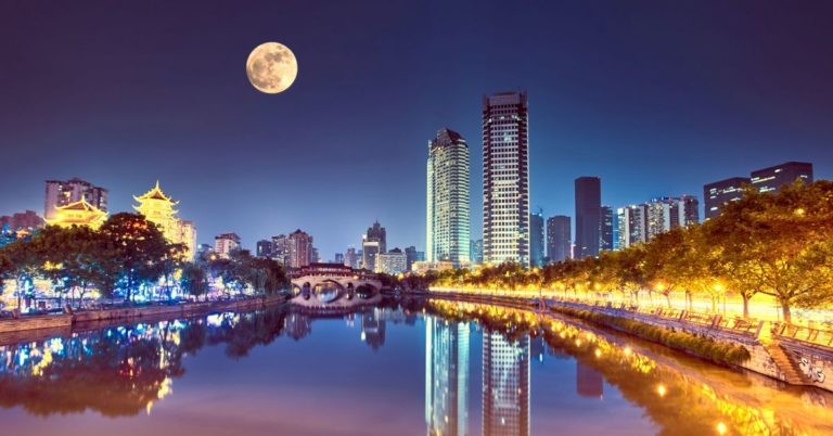 A Chinese City Plans to Replace Its Streetlights With an Artificial Moon