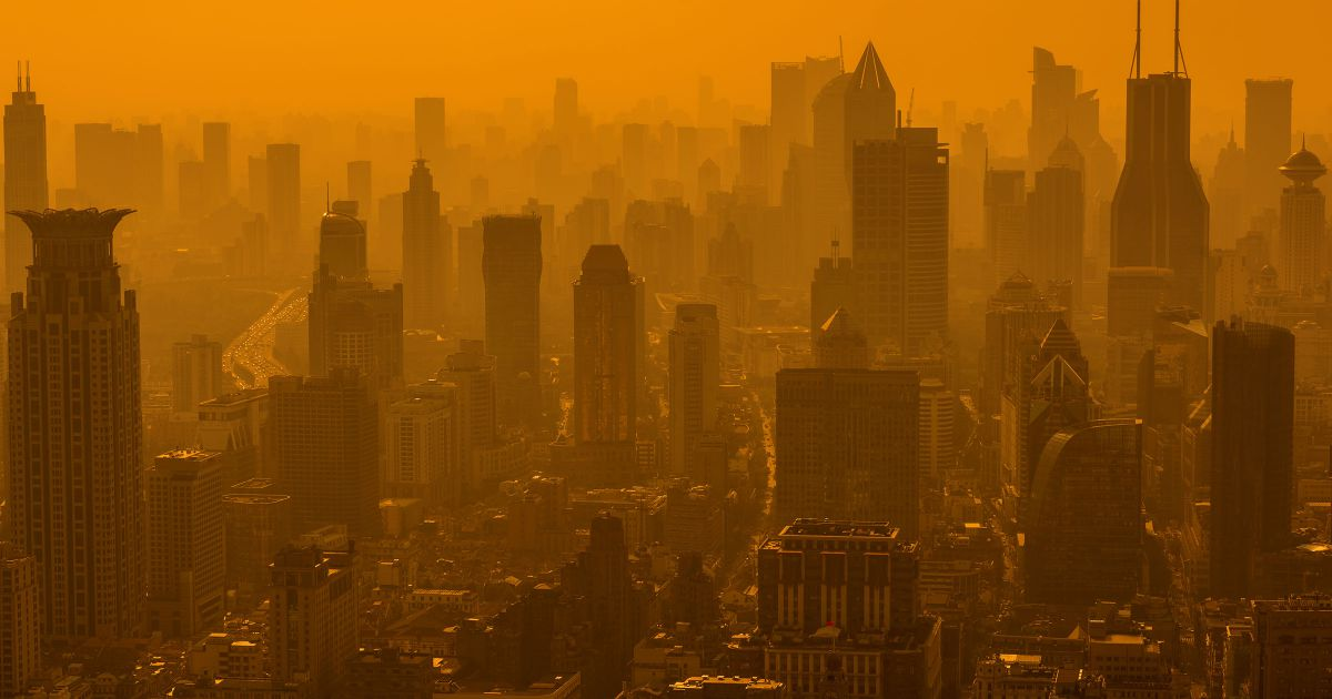 air pollution cuts two years off average life expectancy