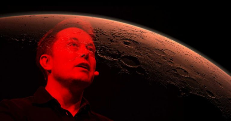 Elon Musk Says There's a 70 Percent Chance He'll Move to Mars