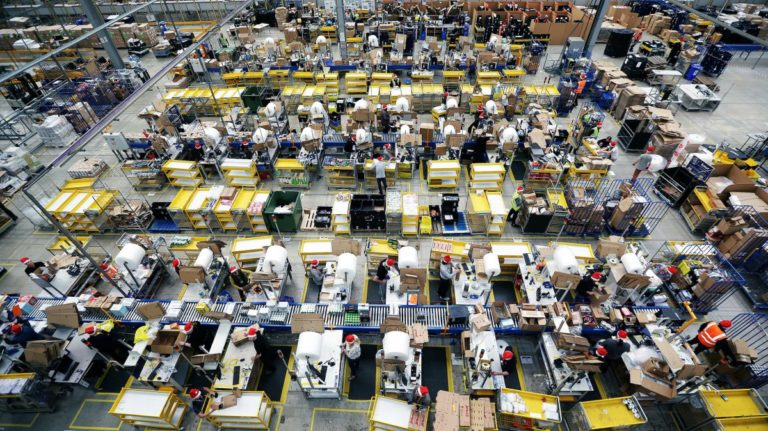 This will be a $1 trillion Christmas, thanks to e-commerce