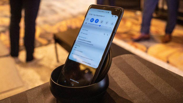 Samsung Galaxy S10 Plus prototype shows off a corner notch