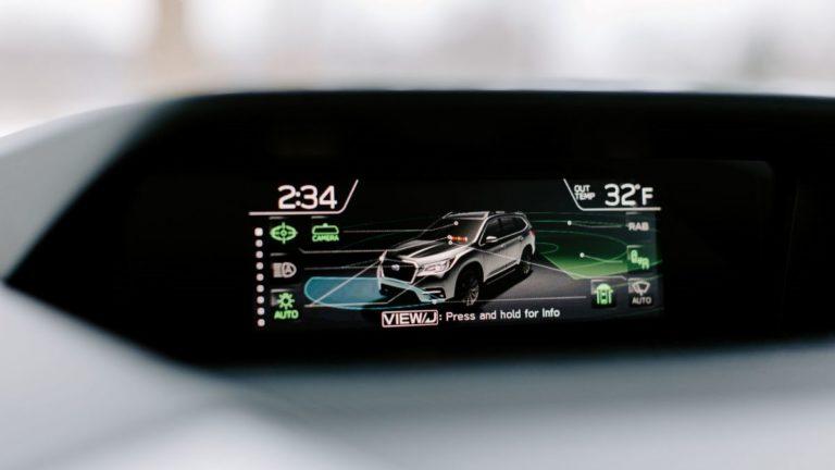 How the 2019 Subaru Ascent keeps a vigilant eye – behind the car