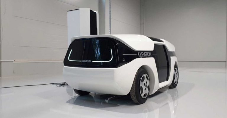 This Self-Driving Car Uses a Fold-Out Robot Arm to Deliver Parcels