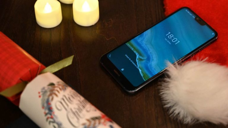 The Nokia 7.1 gets festive with the Google Assistant