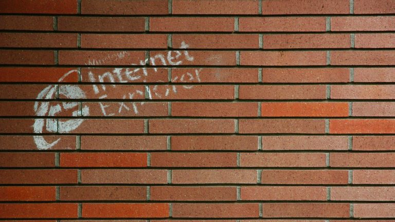 Microsoft begs users to stop using Internet Explorer