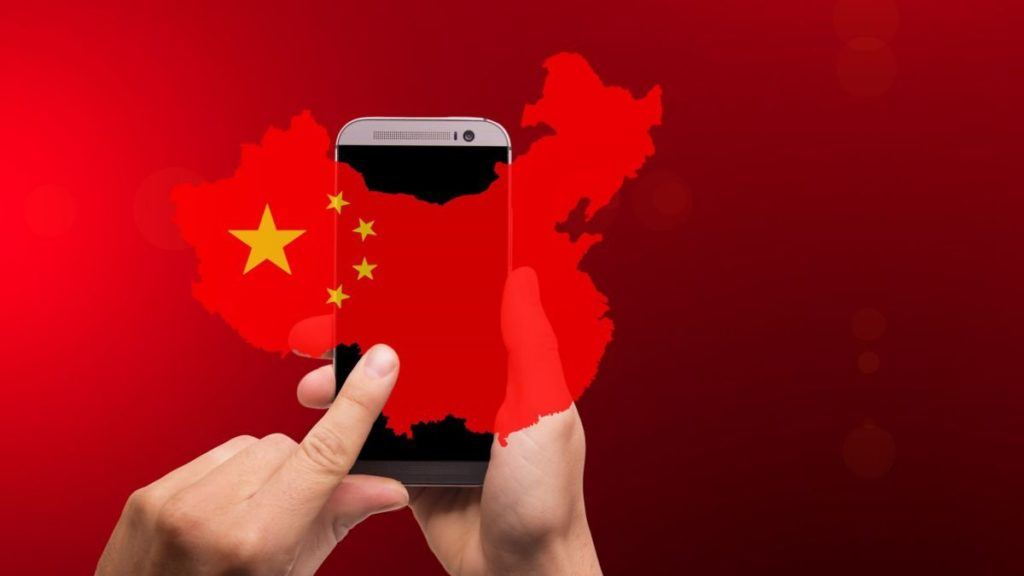 Trump anticipated to ban 5G networks from using Chinese tech 2