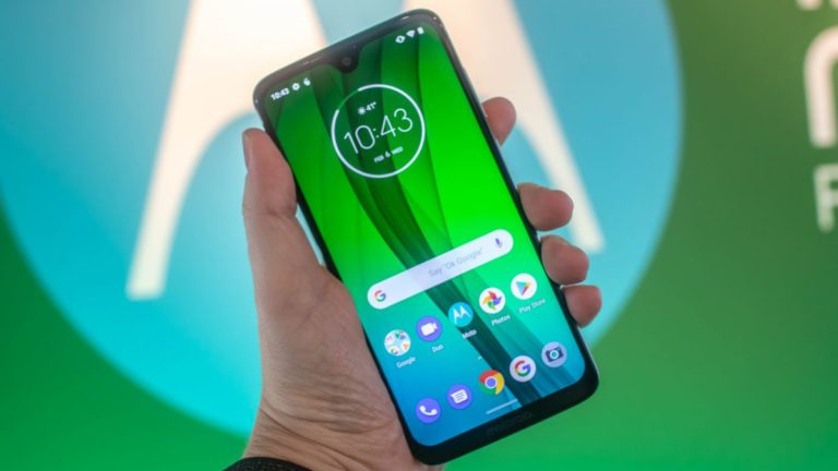 This is the new Moto G7, and there are four different versions