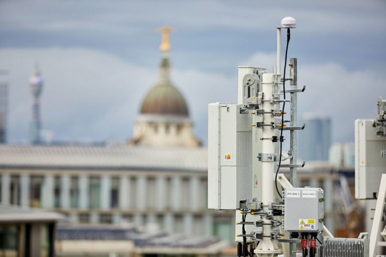 BT hires 1,600 apprentices ahead of EE 5G launch