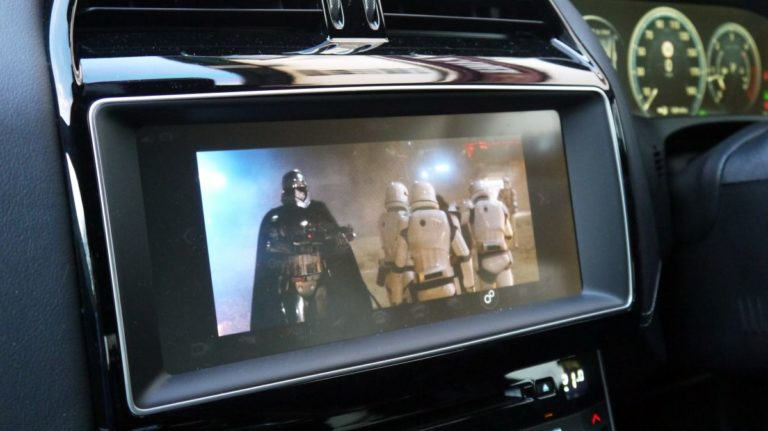 Soon you'll be able to stream 4K movies on multiple screens in your car