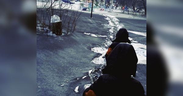 "Horrifying ""Black Snow"" Blankets Russian Towns"