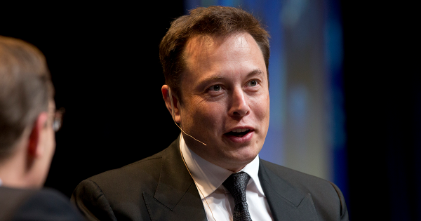 SEC Threatens Elon Musk With Legal Action Over New Tweet