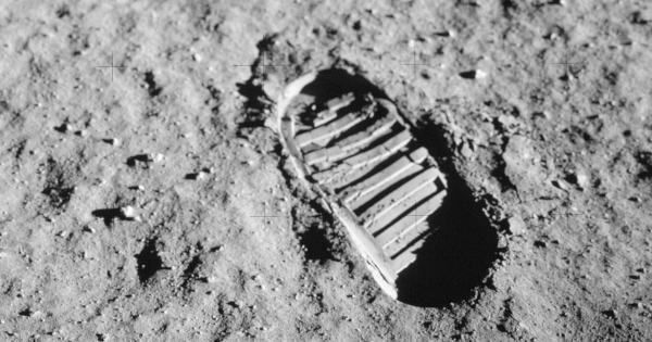 People Could Try to Sell the Apollo Moon Footprints