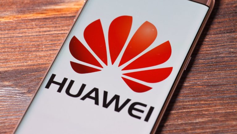 Huawei says it won't be bullied into creating backdoors for Chinese government